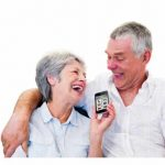 Senior-smartphoneR