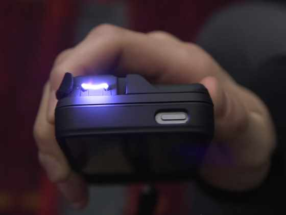 turn-your-iphone-into-a-taser-with-the-yellow-jacket-case_R