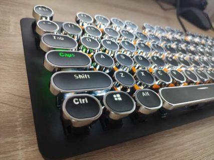 【レトロタイプライター風】メカニカルキーボード用キーキャップを変更して改造【レビュー】