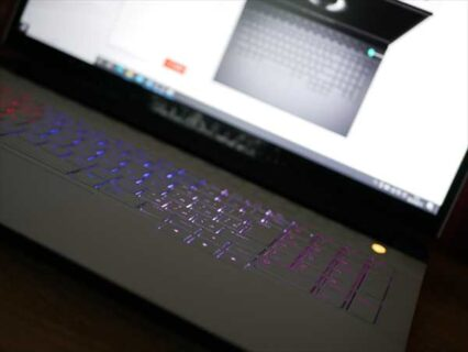Dell Alienware m15/m17でキーボードバックライトのイルミネーション設定方法